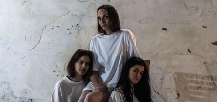 """Spektakl """"Trzy Siostry"""" Czechowa za darmo"""