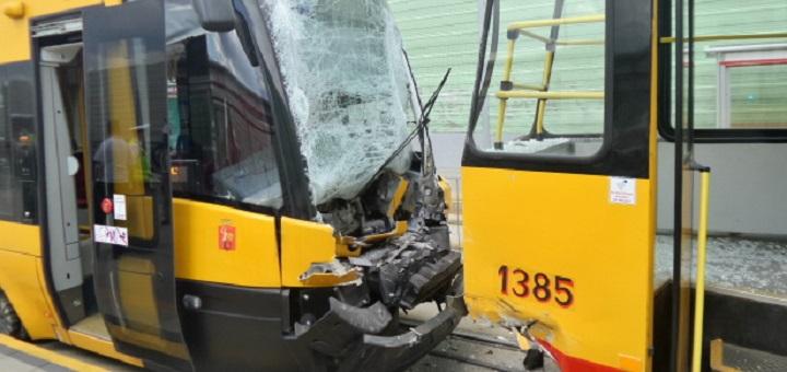 Zderzenie tramwajów na Świderskiej - spore utrudnienia