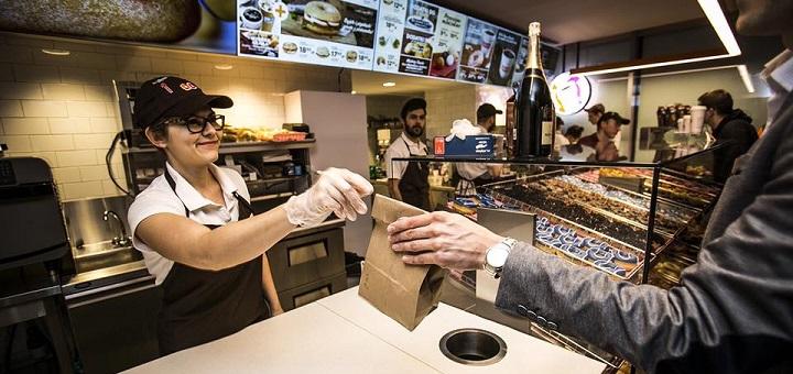 Dunkin' Donuts na Świętokrzyskiej zaprasza