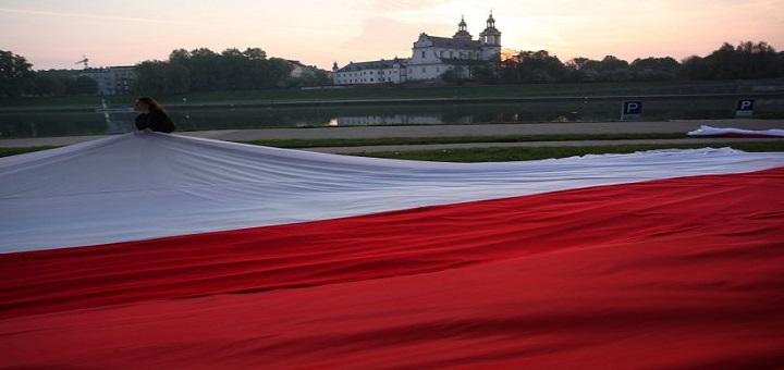 Targówek chce pobić rekord na najdłuższą flagę