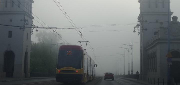 To nie jest mgła nad Warszawą